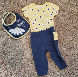 Sunflower Outfit with Rufflebutt Pants and Bib